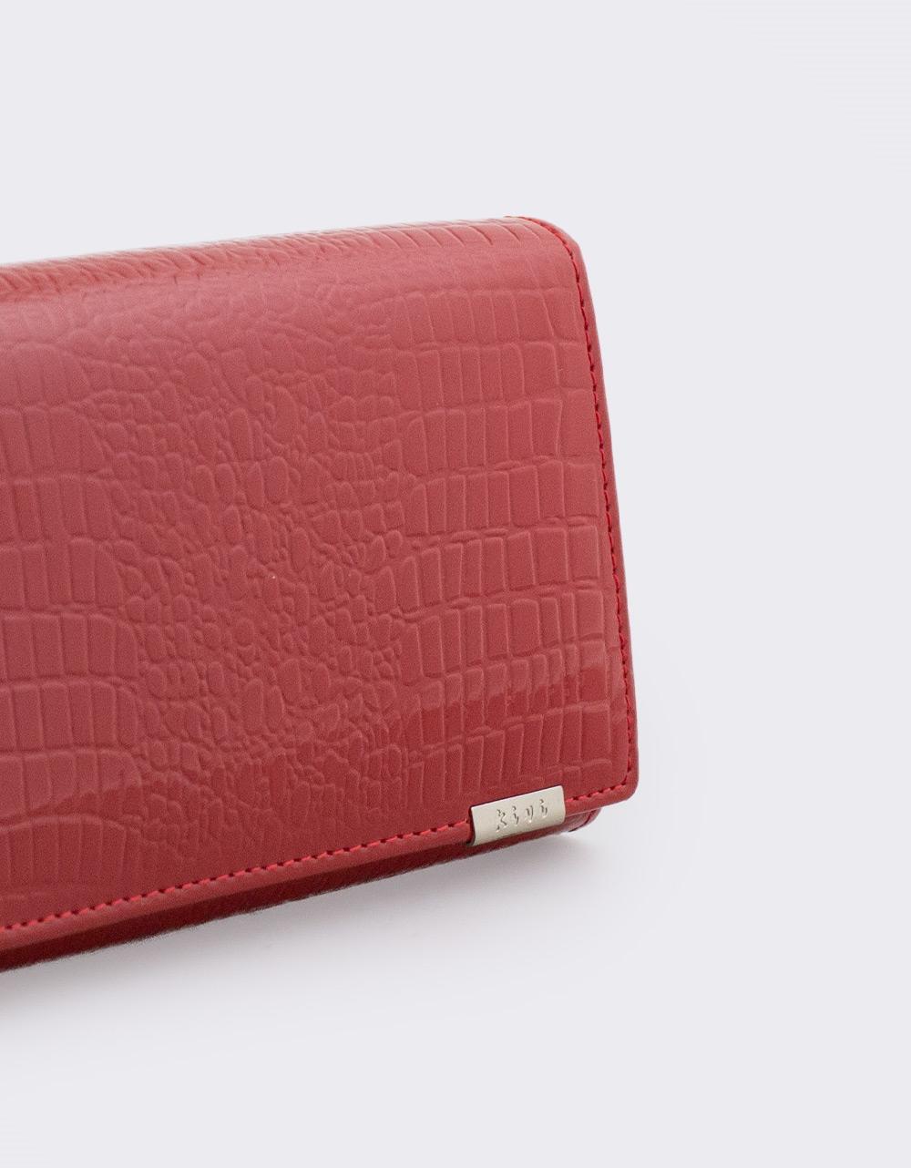 Εικόνα από Γυναικεία πορτοφόλια δερμάτινα με κροκό μοτίβο Κόκκινο
