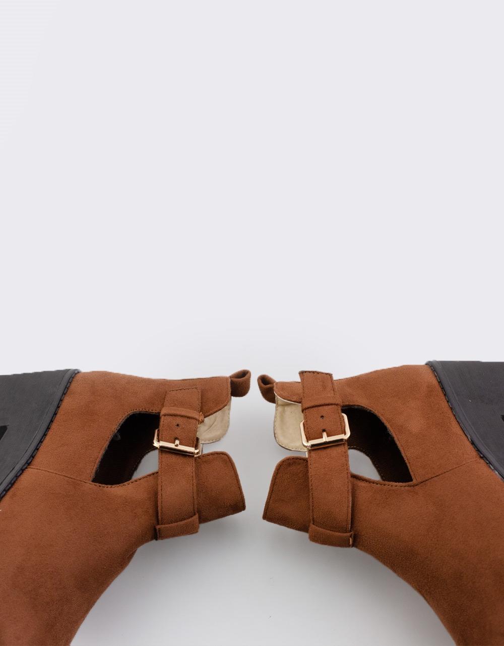 Εικόνα από Γυναικεία μποτάκια με πλαϊνό άνοιγμα Ταμπά