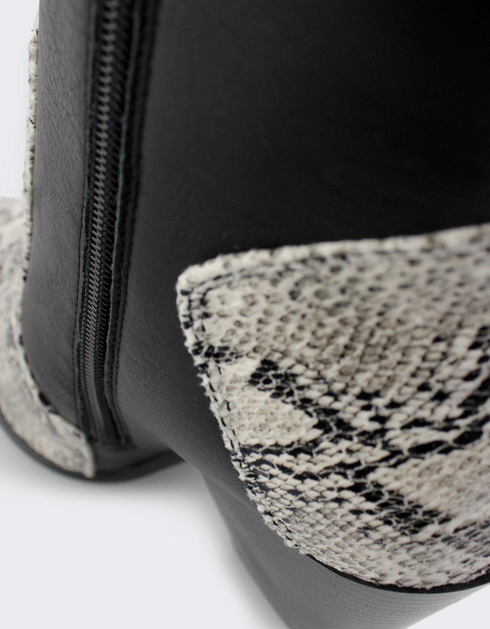Εικόνα από Γυναικεία μποτάκια με snake skin λεπτομέρειες Μαύρο/Λευκό