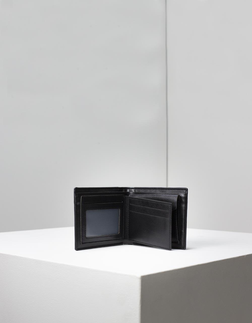 Εικόνα από Ανδρικά πορτοφόλια σε απλή γραμμή Μαύρο