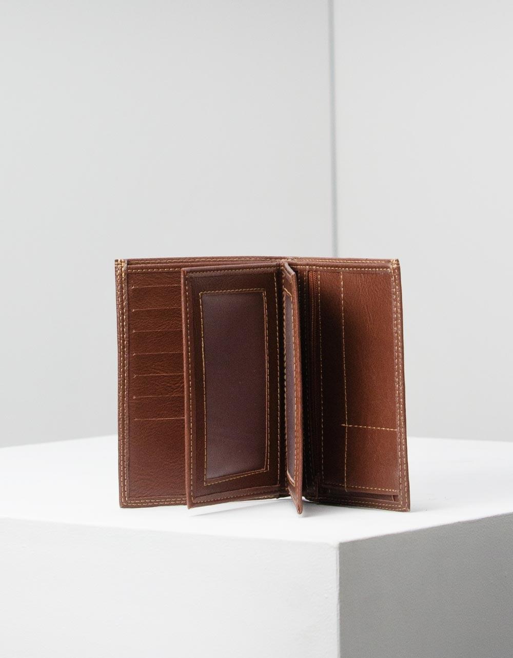 Εικόνα από Ανδρικά πορτοφόλια με διακοσμητικές ραφές Ταμπά