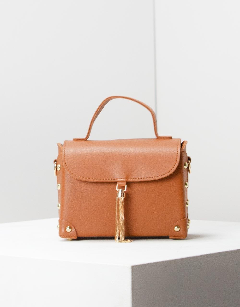 Εικόνα από Γυναικεία τσάντα ώμου με εξωτερική θήκη Ταμπά