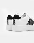 Εικόνα από Γυναικεία sneakers μονόχρωμα με κροκό λεπτομέρεια Λευκό/Μαύρο