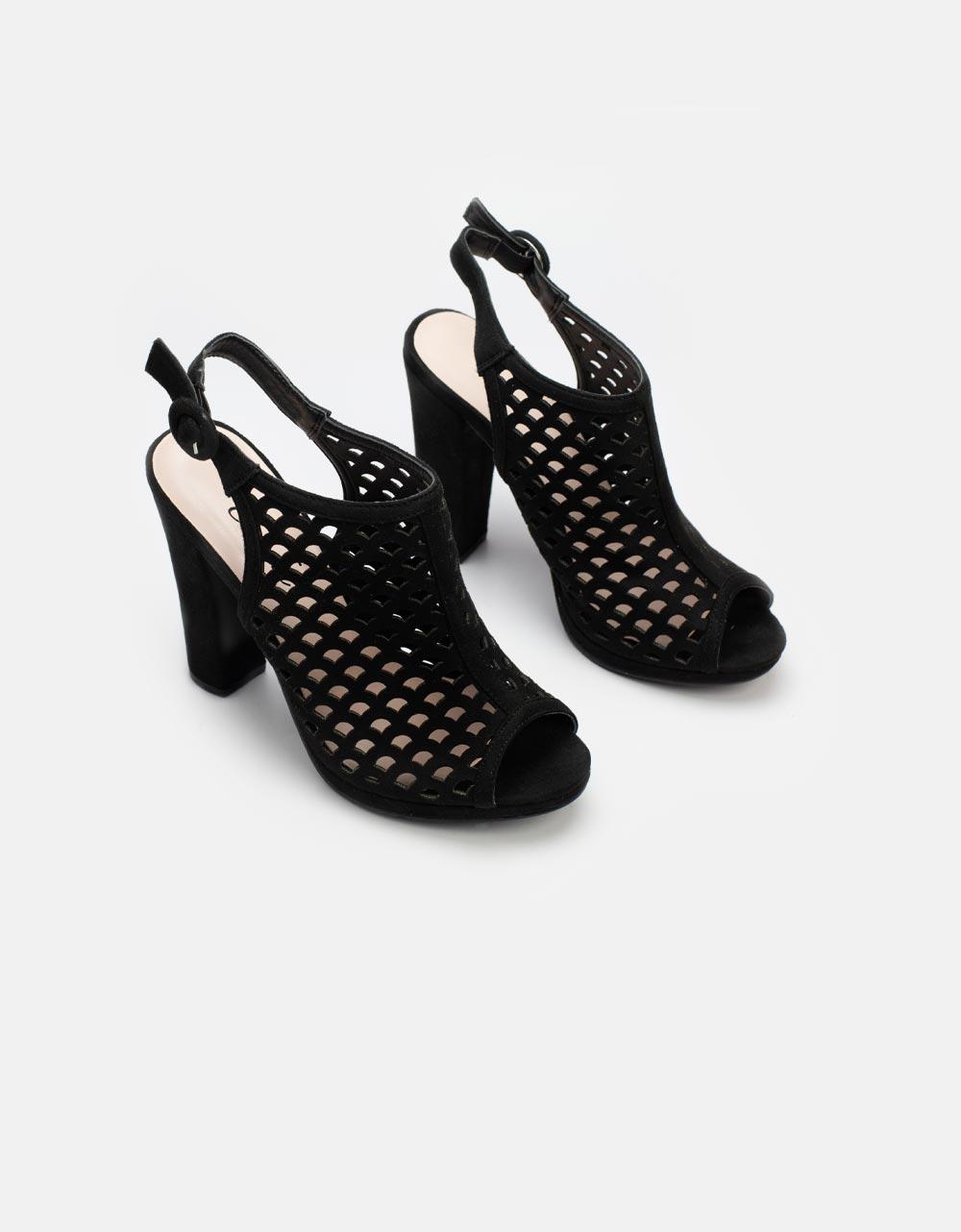 Εικόνα από Γυναικεία πέδιλα peep toe με διάτρητο σχέδιο Μαύρο
