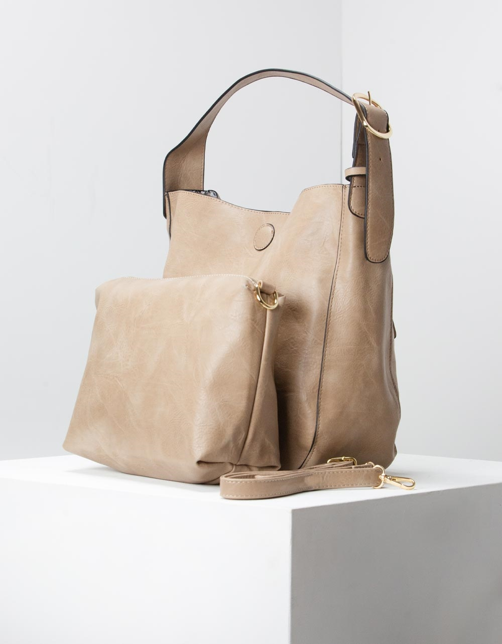 Εικόνα από Γυναικεία τσάντα χειρός basic με εσωτερικό τσαντάκι Πούρο
