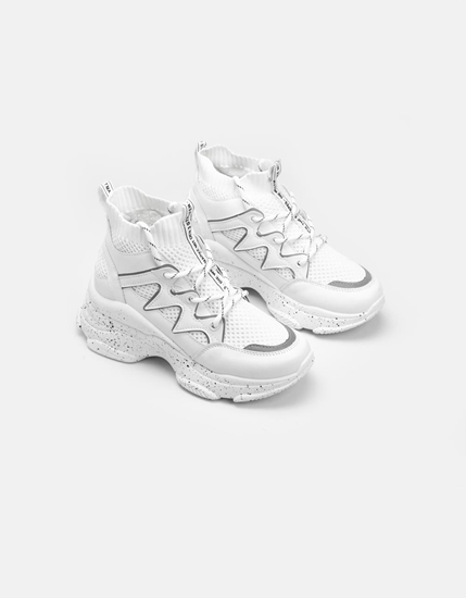 Εικόνα της Γυναικεία sneakers ελαστικά με ανάγλυφα σχέδια Λευκό