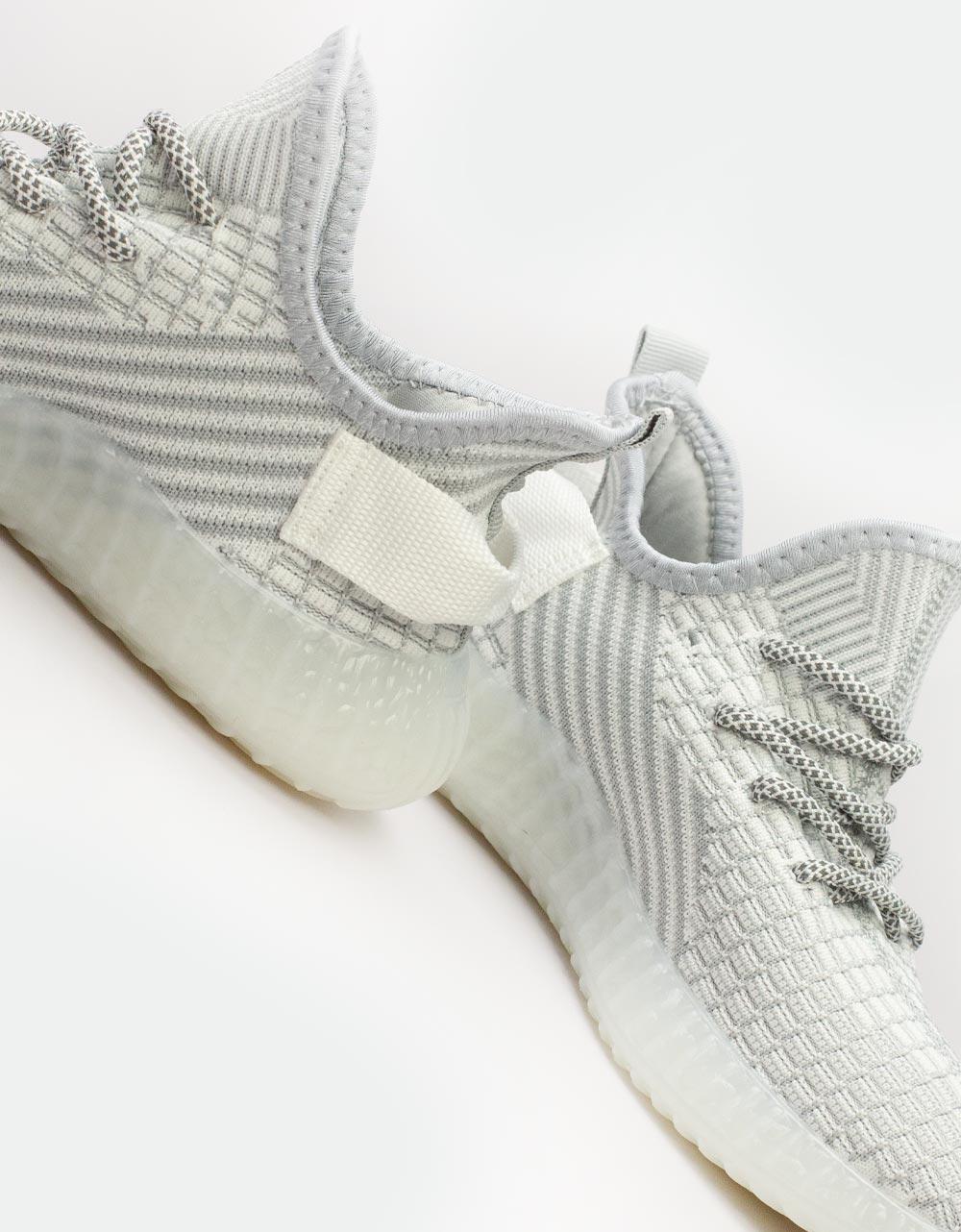 Εικόνα από Γυναικεία sneakers ελαστικά με λεπτομέρειες Γκρι