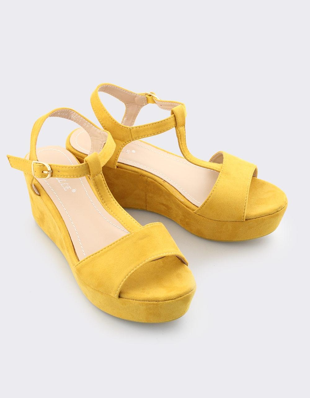 Εικόνα από Γυναικείες πλατφόρμες με T Strap Κίτρινο