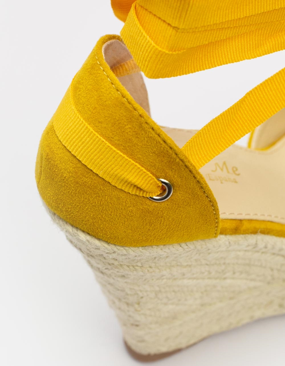 Εικόνα από Γυναικείες πλατφόρμες με υφασμάτινα lace up λουριά Κίτρινο