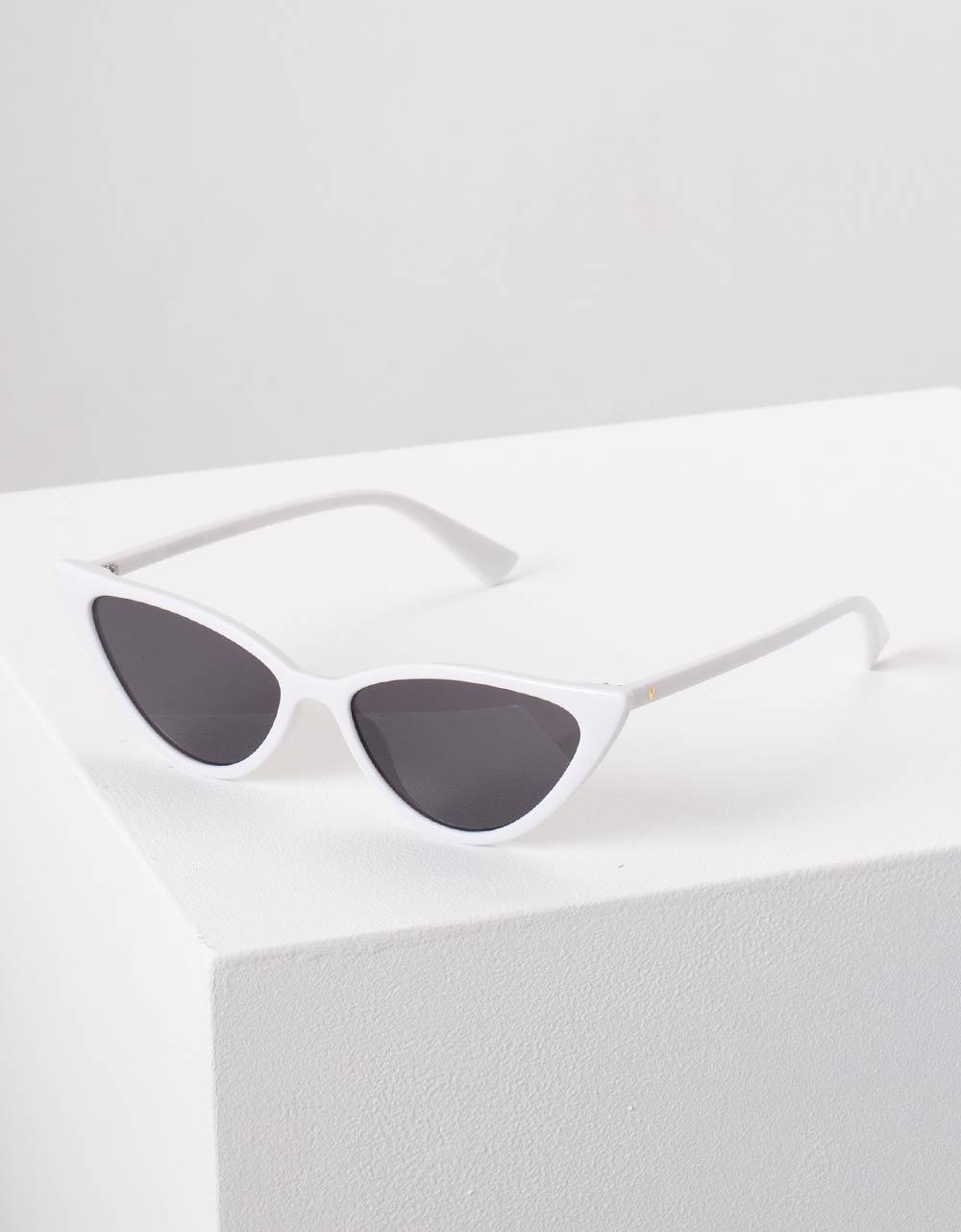 Εικόνα από Γυναικεία γυαλιά ηλίου σε σχήμα πεταλούδα Λευκό