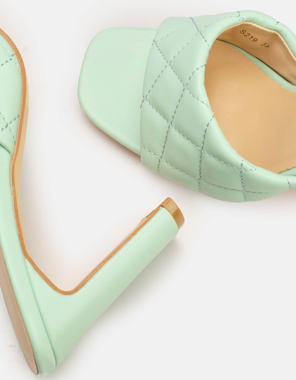 Εικόνα από Γυναικεία mules μονόχρωμα Πράσινο