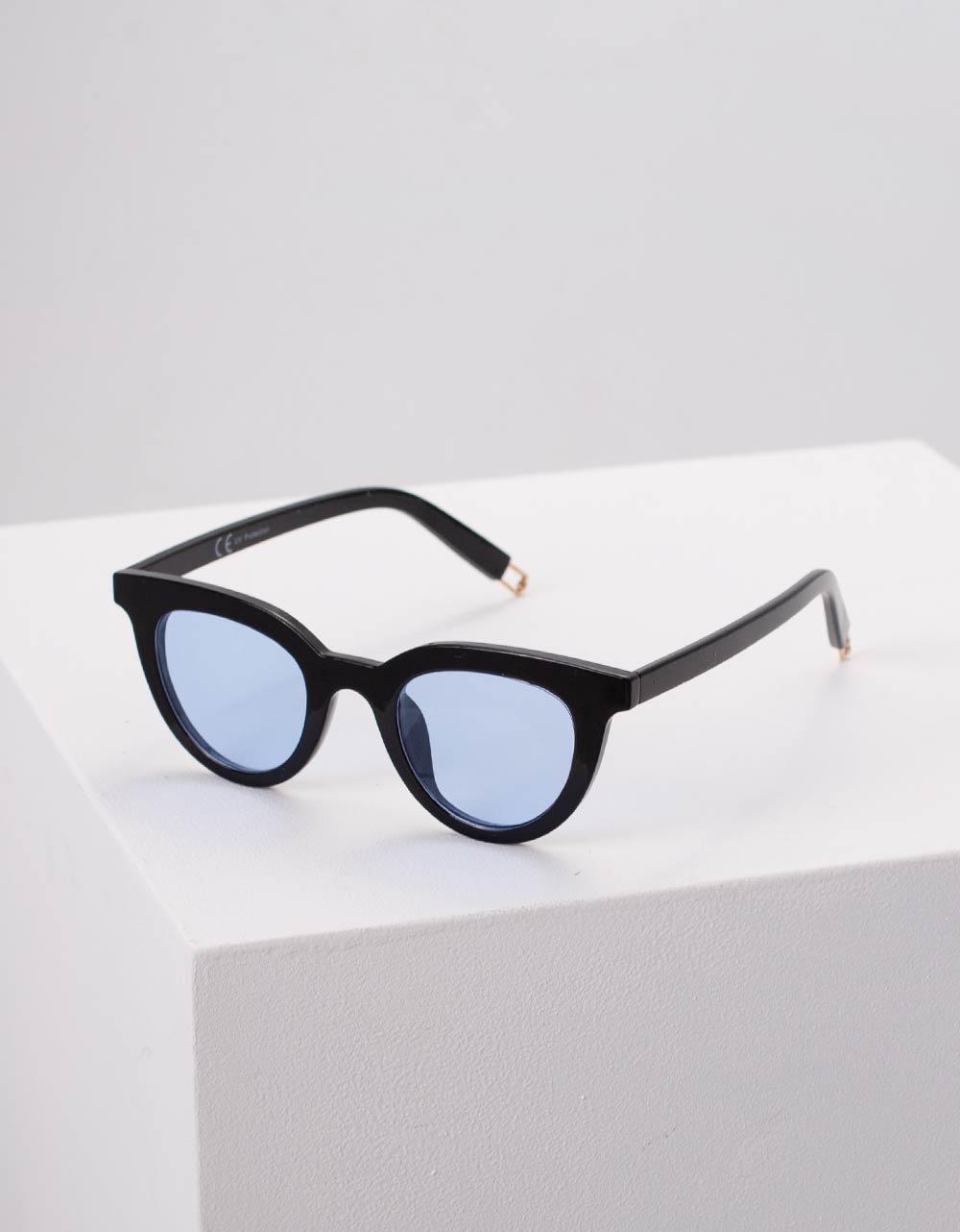 Εικόνα από Γυναικεία γυαλιά ηλίου μονόχρωμα Μπλε
