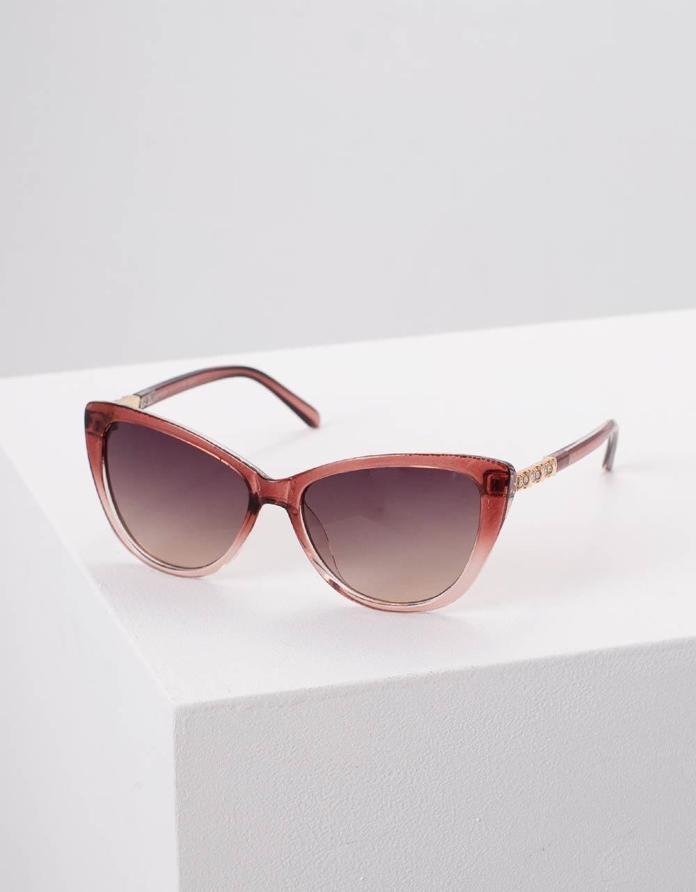 Εικόνα από Γυναικεία γυαλιά ηλίου Μπορντώ