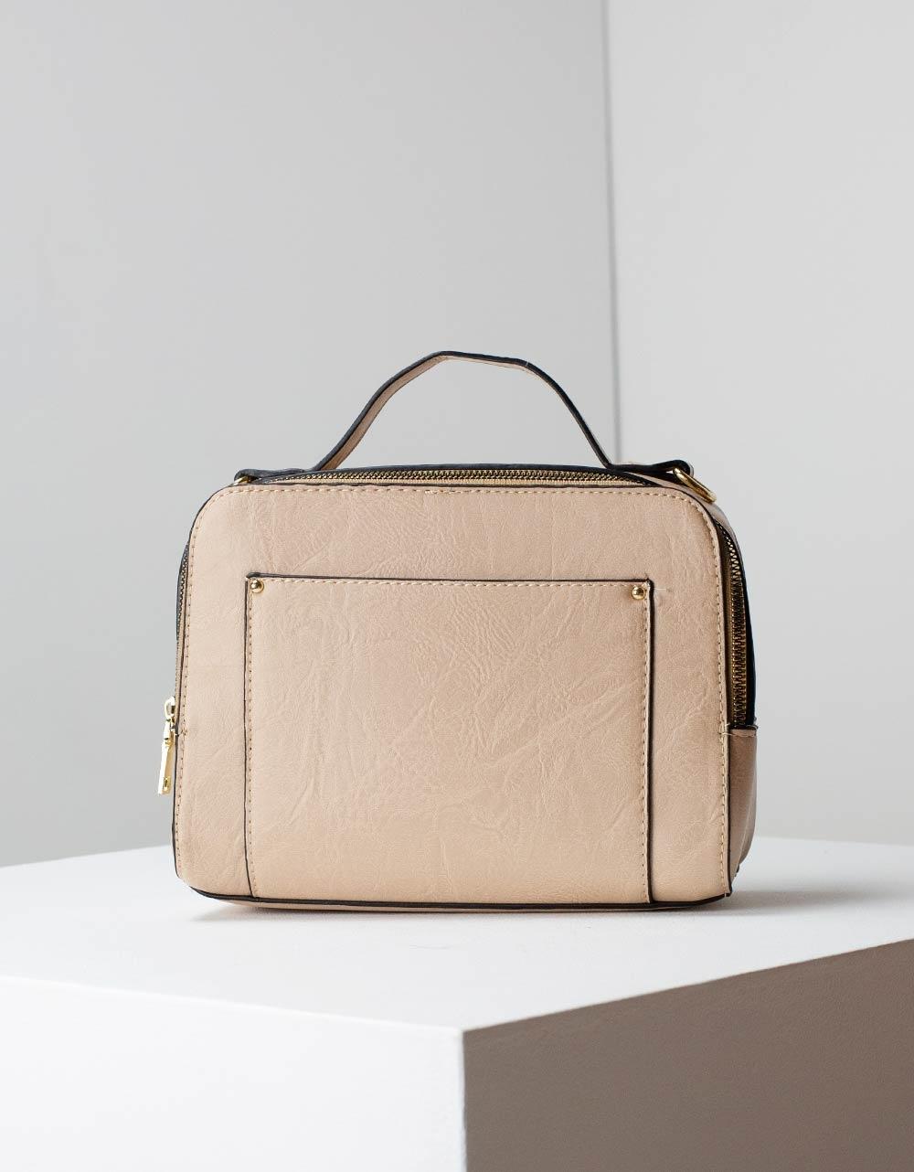 Εικόνα από Γυναικεία τσάντα ώμου μονόχρωμη Πούρο