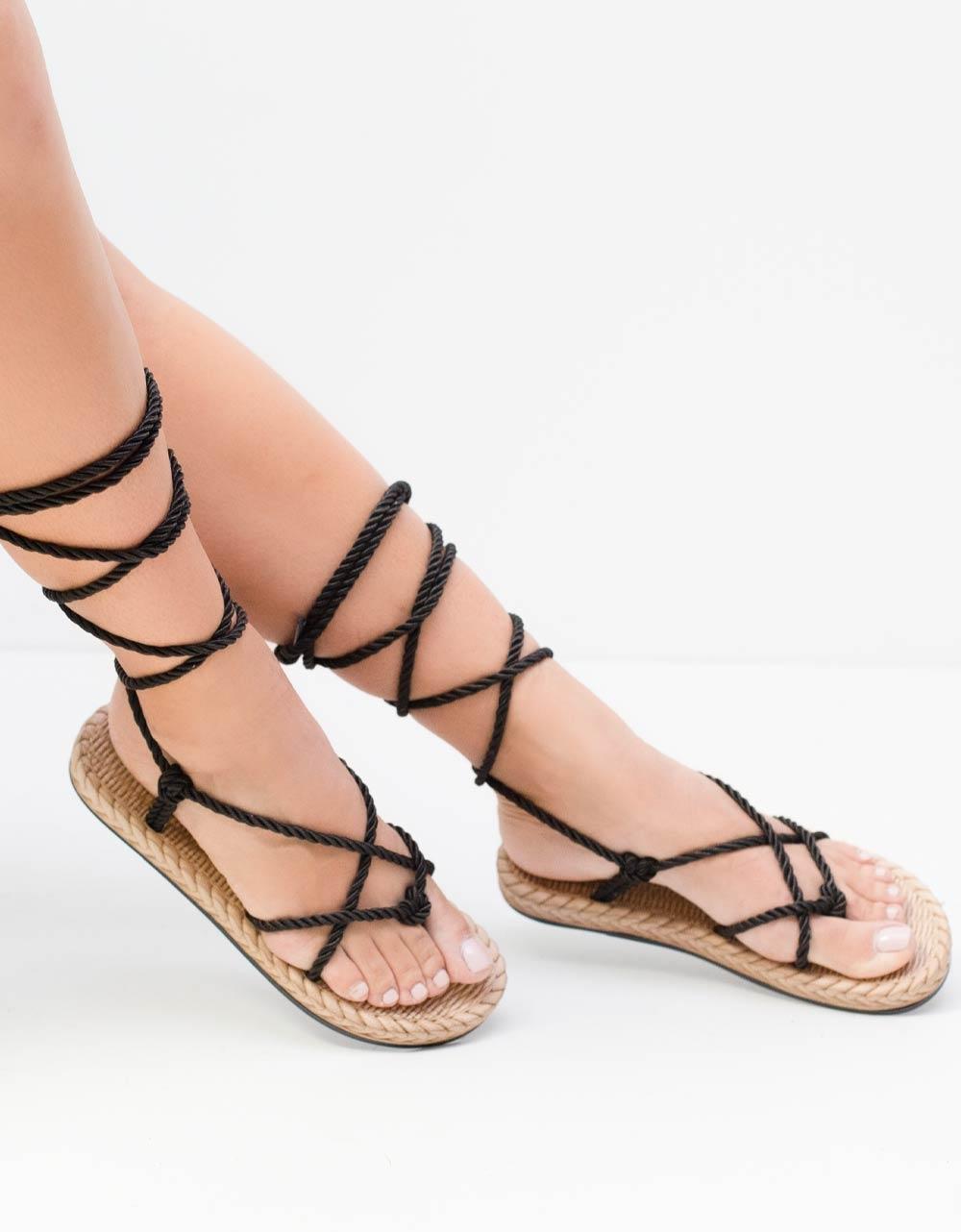 Εικόνα από Γυναικεία σανδάλια lace up με αφρόδη πάτο Μαύρο