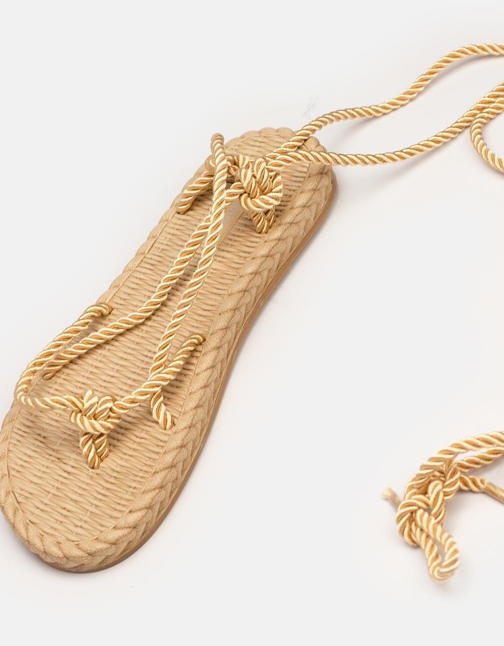 Εικόνα από Γυναικεία σανδάλια lace up με αφρόδη πάτο Χρυσό