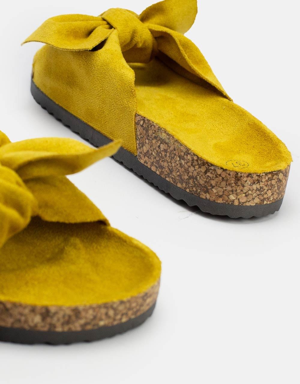 Εικόνα από Γυναικεία σανδάλια με σχέδιο στην φάσα Κίτρινο
