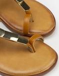 Εικόνα από Γυναικεία σανδάλια με μεταλλικές λεπτομέρειες Ταμπά