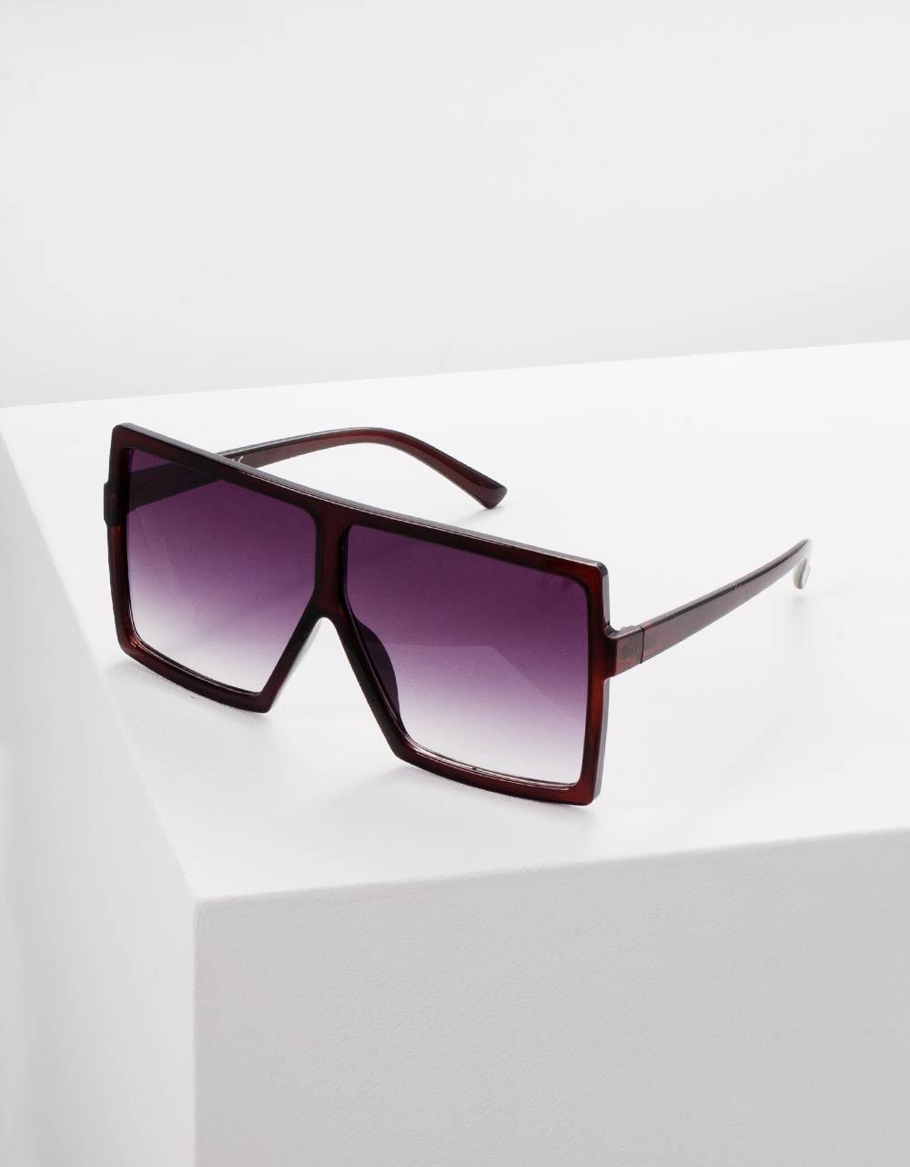 Εικόνα από Γυναικεία γυαλιά ηλίου σε μεγάλο τετράγωνο σχήμα Μαύρο