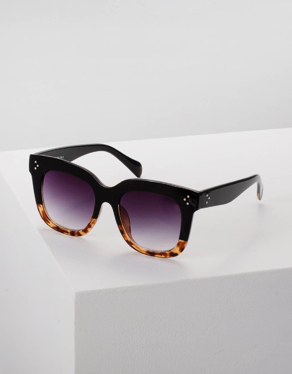 Εικόνα από Γυναικεία γυαλιά ηλίου στρογγυλά Μαύρο/Καφέ