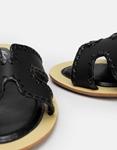 Εικόνα από Γυναικεία σανδάλια με λεπτομέρειες Μαύρο
