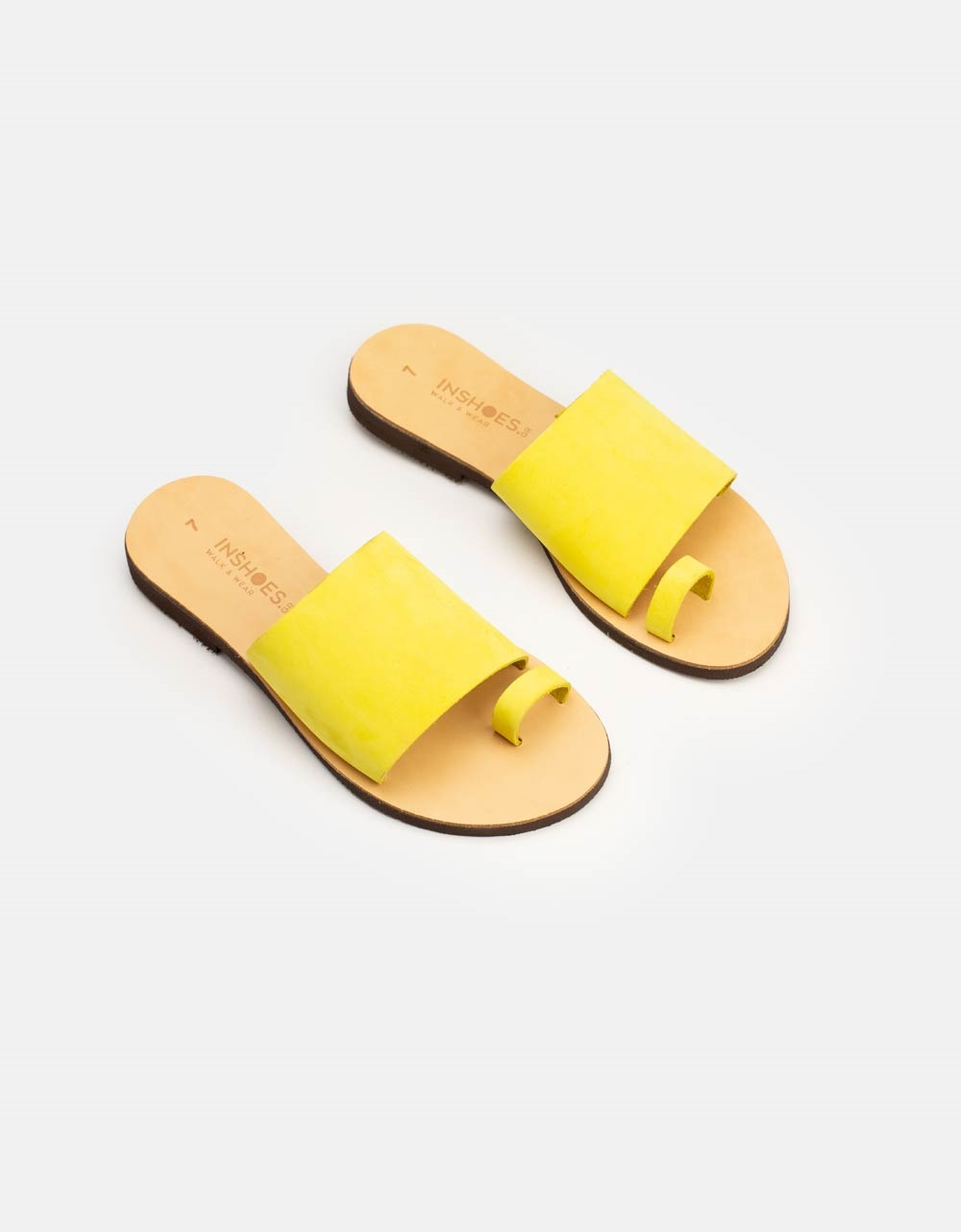 Εικόνα από Γυναικεία δερμάτινα σανδάλια μονόχρωμα Κίτρινο