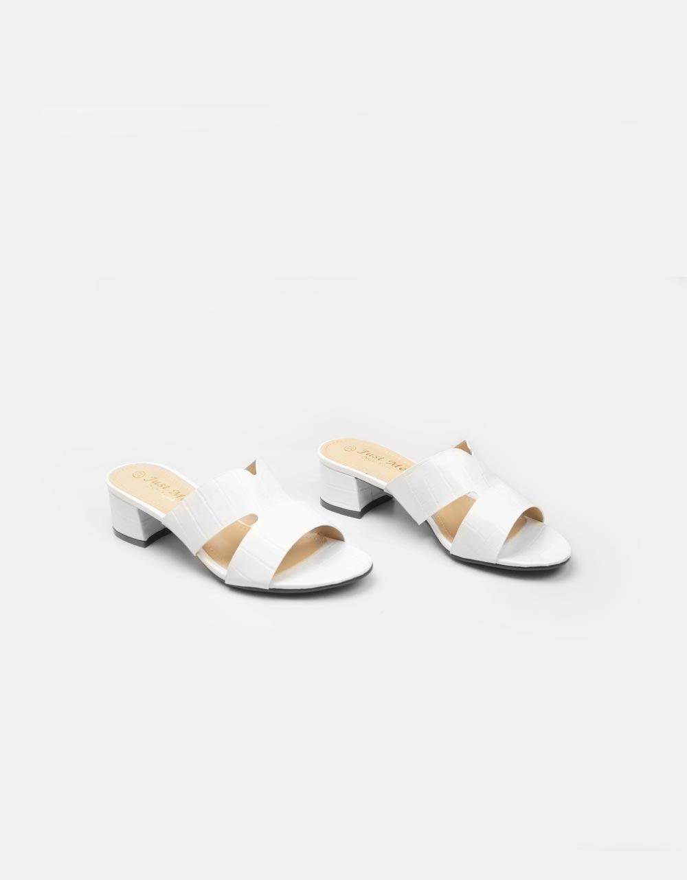 Εικόνα από Γυναικεία mules με κροκό υλικό Λευκό