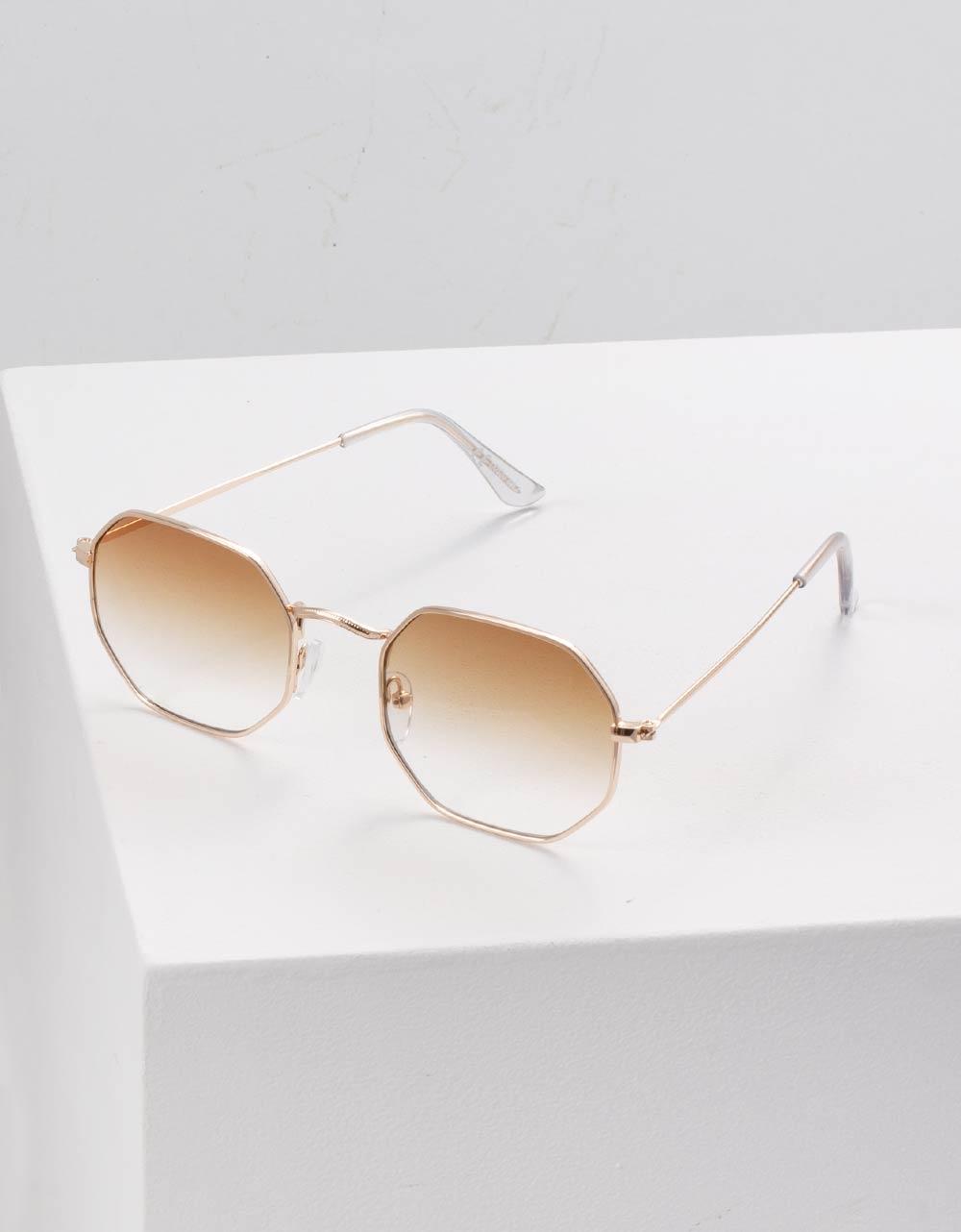 Εικόνα από Γυναικεία γυαλιά ηλίου με λεπτό σκελετό Καφέ