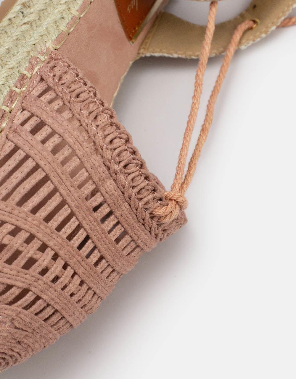 Εικόνα από Γυναικείες εσπαντρίγιες lace up με λεπτομέρειες στην φάσα Ροζ