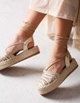 Εικόνα από Γυναικείες εσπαντρίγιες lace up με λεπτομέρειες στην φάσα Χρυσό