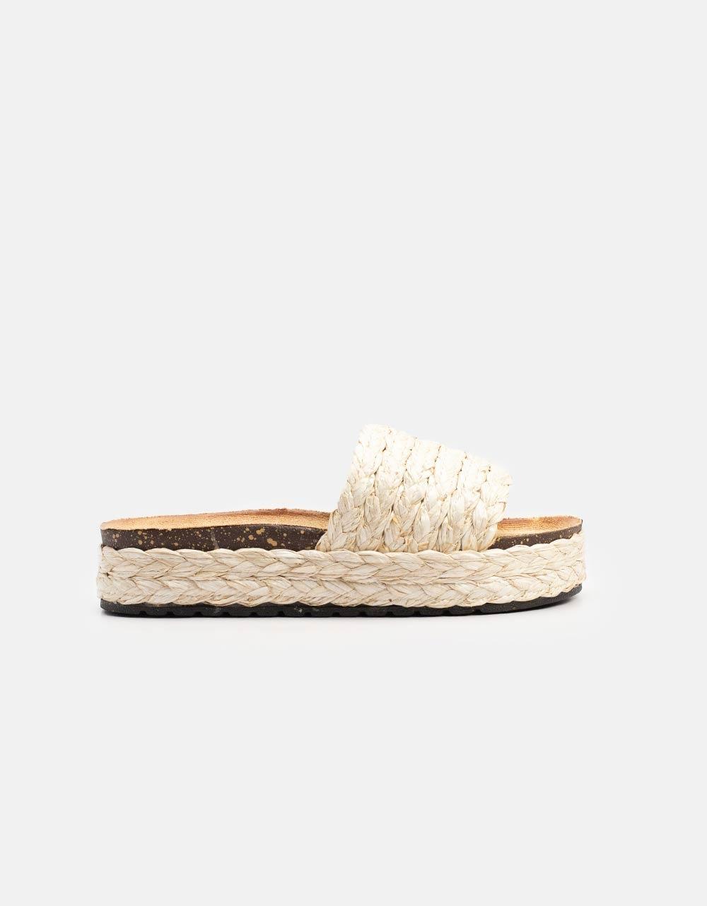 Εικόνα από Γυναικεία σανδάλια με ψάθινο υλικό Μπεζ