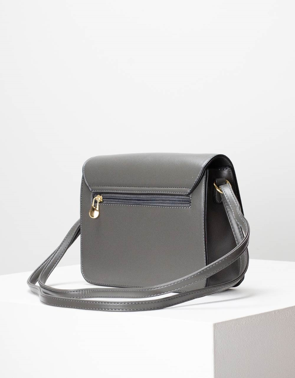 Εικόνα από Γυναικεία τσάντα ώμου μονόχρωμη Γκρι