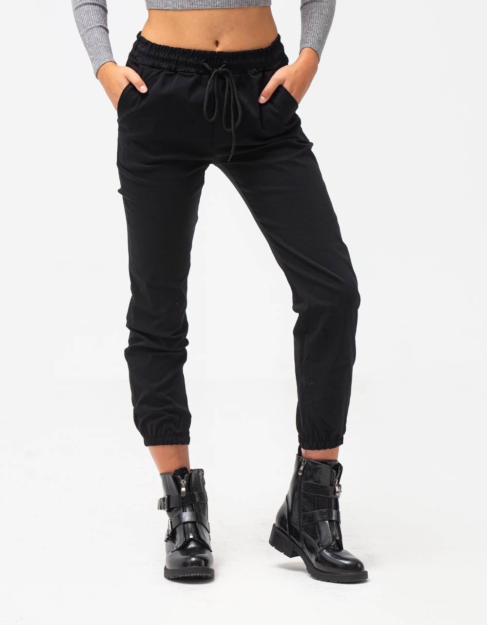 Εικόνα από Γυναικείο παντελόνι cargo Μαύρο