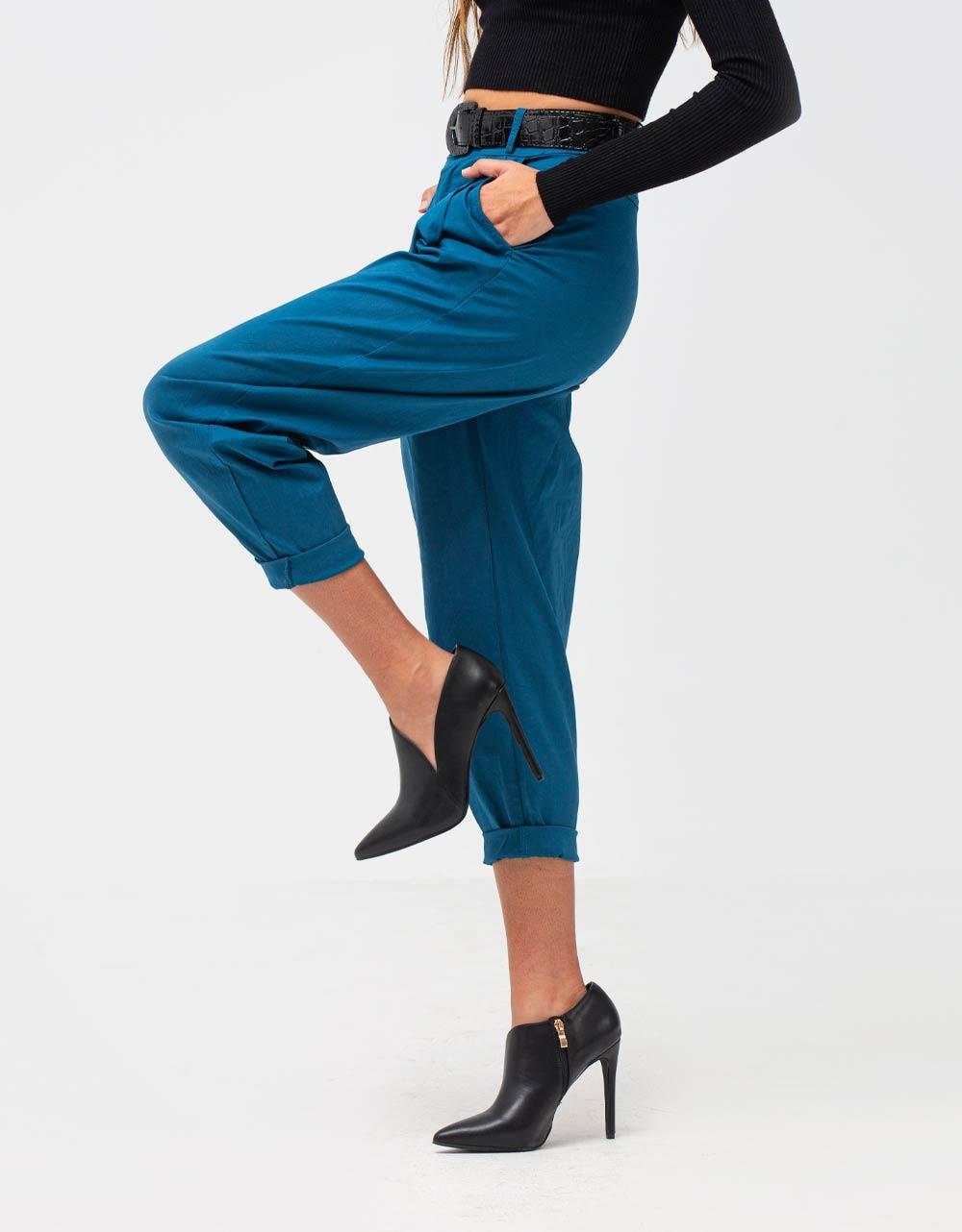 Εικόνα από Γυναικείο παντελόνι με ζωνάκι Μπλε