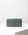 Εικόνα από Γυναικεία πορτοφόλια με γουνάκι Γκρι