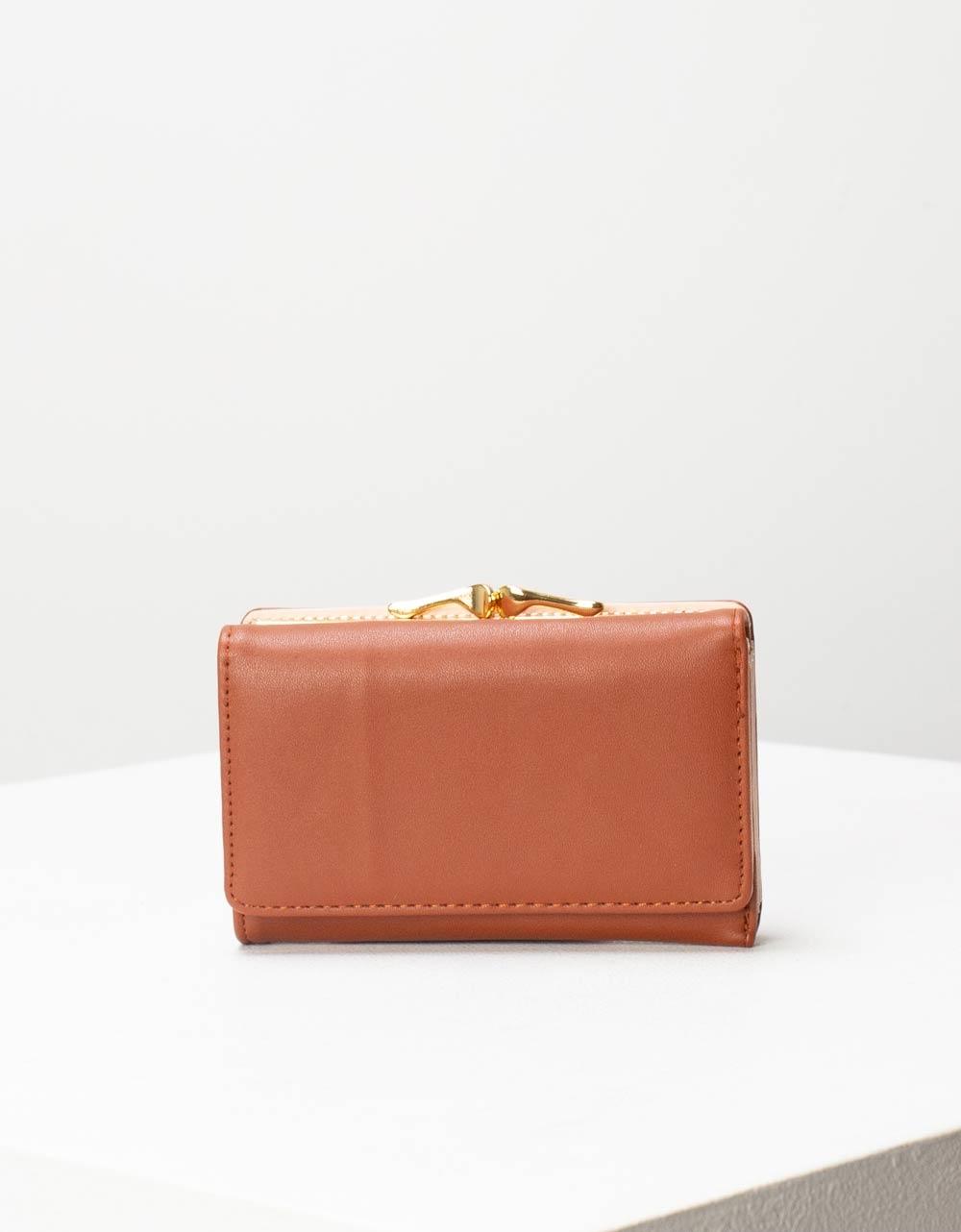 Εικόνα από Γυναικεία πορτοφόλια με μεταλλικό διακοσμητικό Ταμπά
