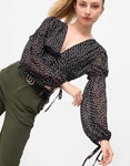 Εικόνα από Γυναικεία μπλούζα crop top με φαρδιά μανίκια Μαύρο