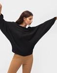 Εικόνα από Γυναικεία μπλούζα με φαρδιά μανίκια Μαύρο