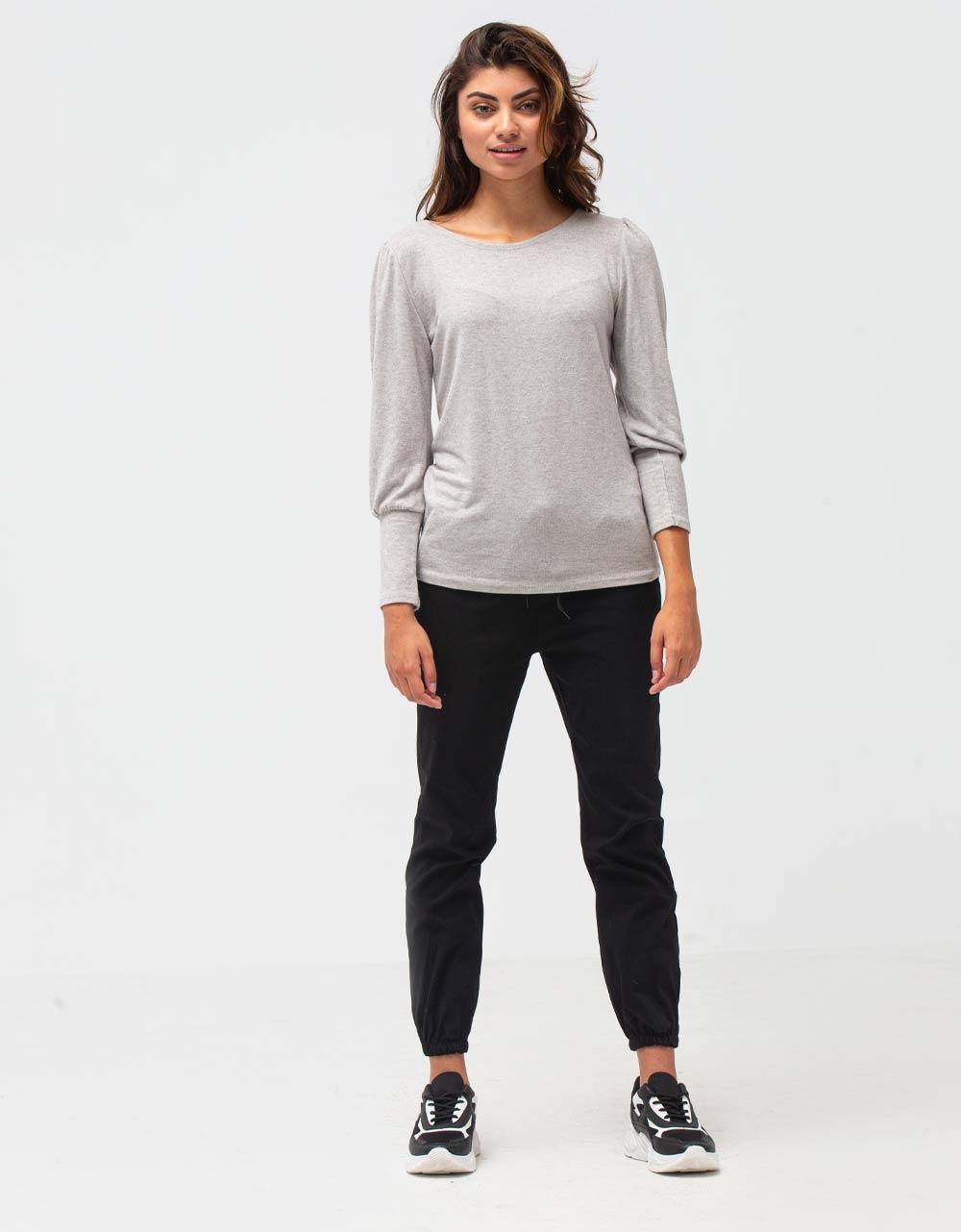 Εικόνα από Γυναικεία μπλούζα με φαρδιά μανίκια Μπεζ