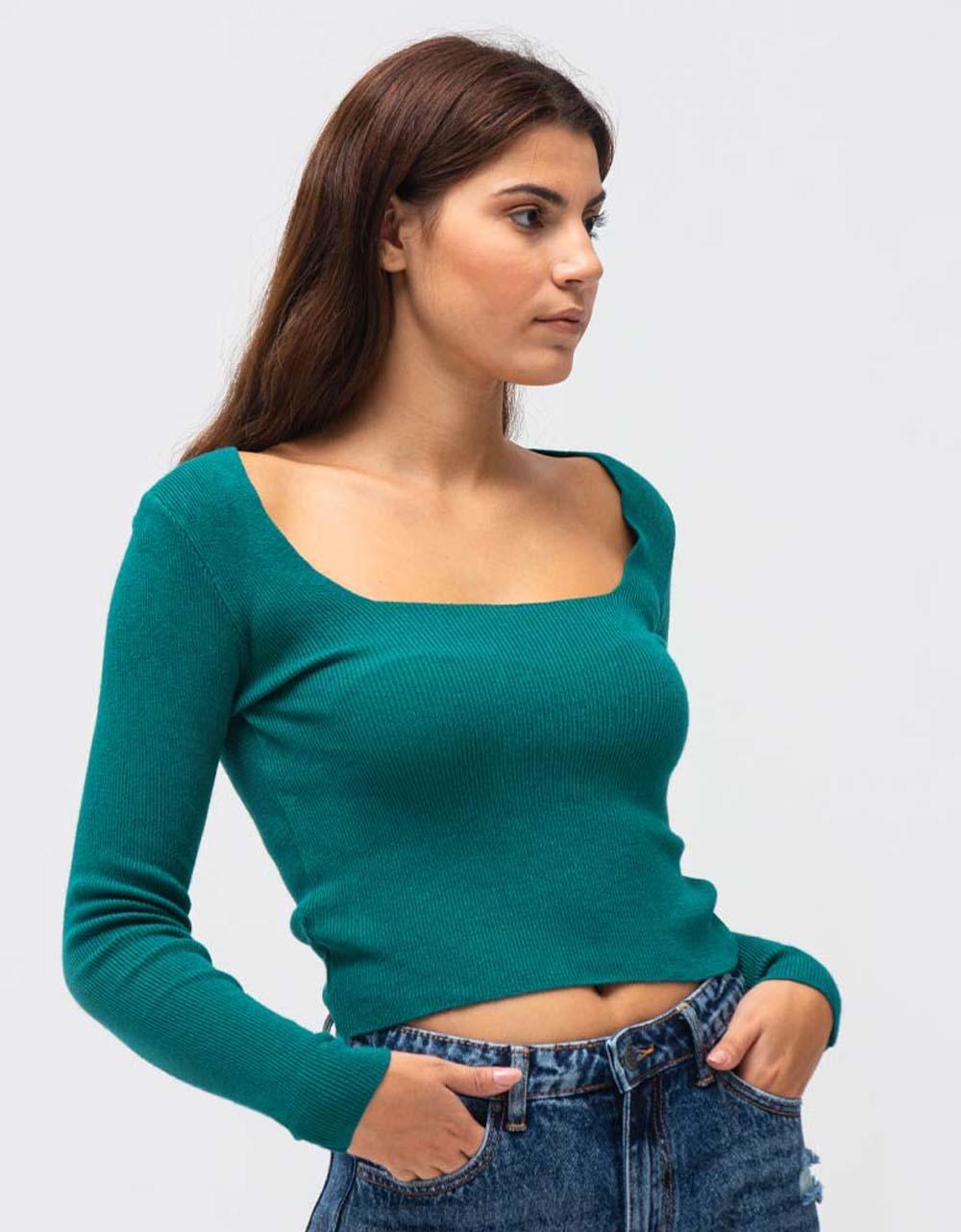 Εικόνα από Γυναικεία μπλούζα ριπ με λαιμόκοψη Βεραμάν