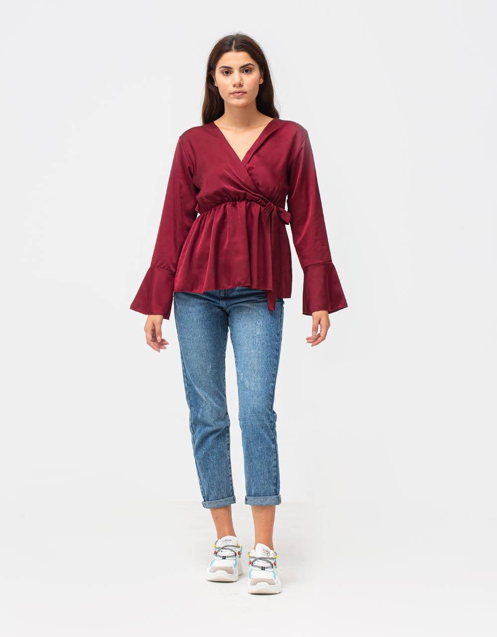Εικόνα από Γυναικεία μπλούζα σατέν με δέσιμο Μπορντώ