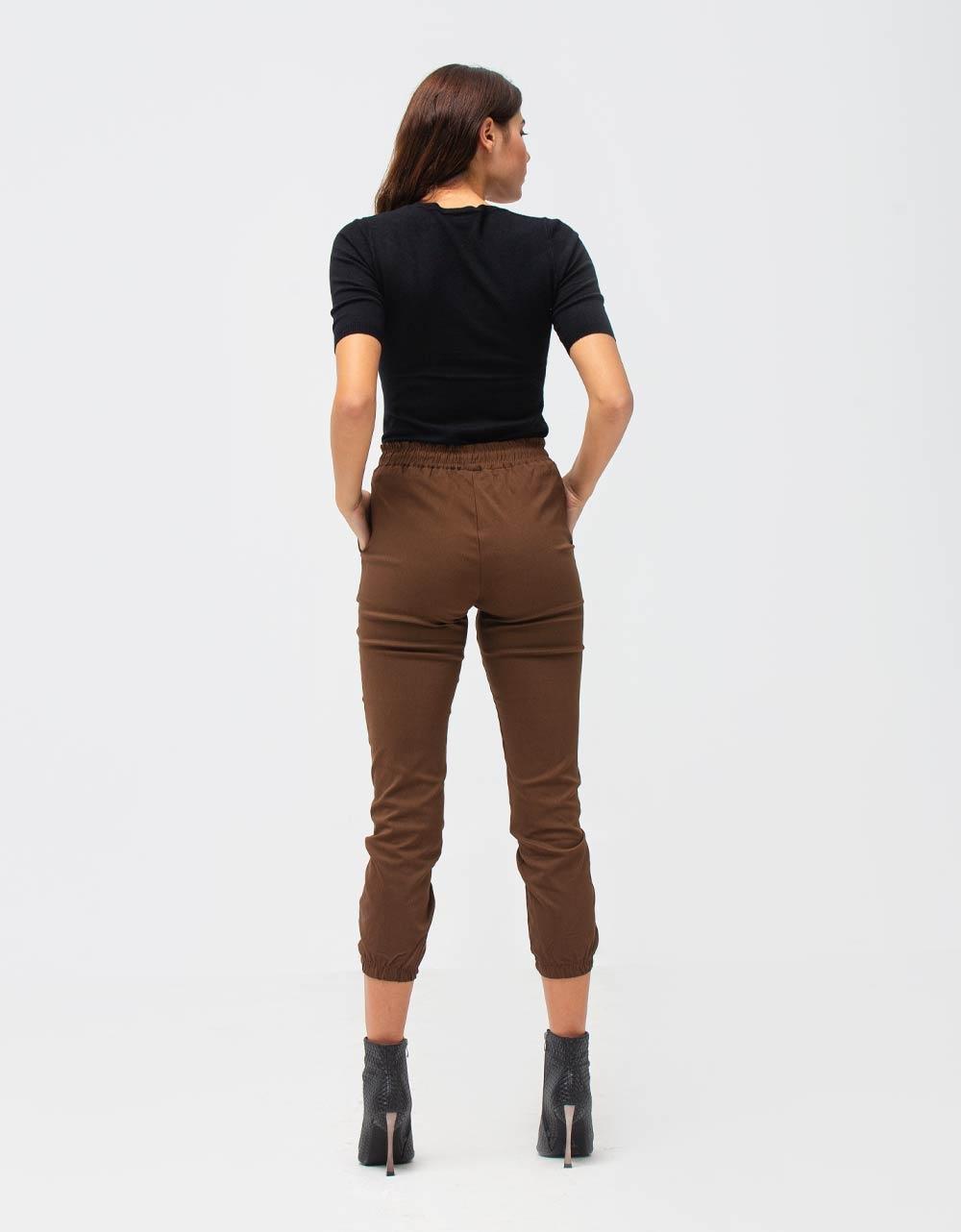 Εικόνα από Γυναικεία μπλούζα σε απλή γραμμή Μαύρο