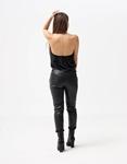 Εικόνα από Γυναικεία μπλούζα τοπ τιραντάκι σατεν με αλυσίδα Μαύρο