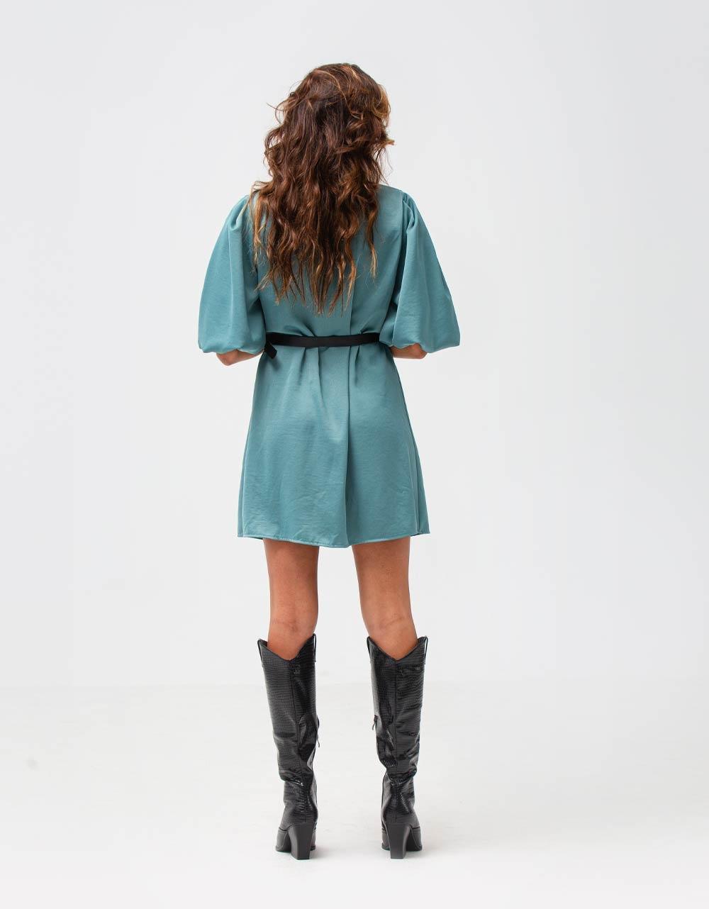 Εικόνα από Γυναικείο φόρεμα σατέν με κουμπιά και ζωνάκι Βεραμάν
