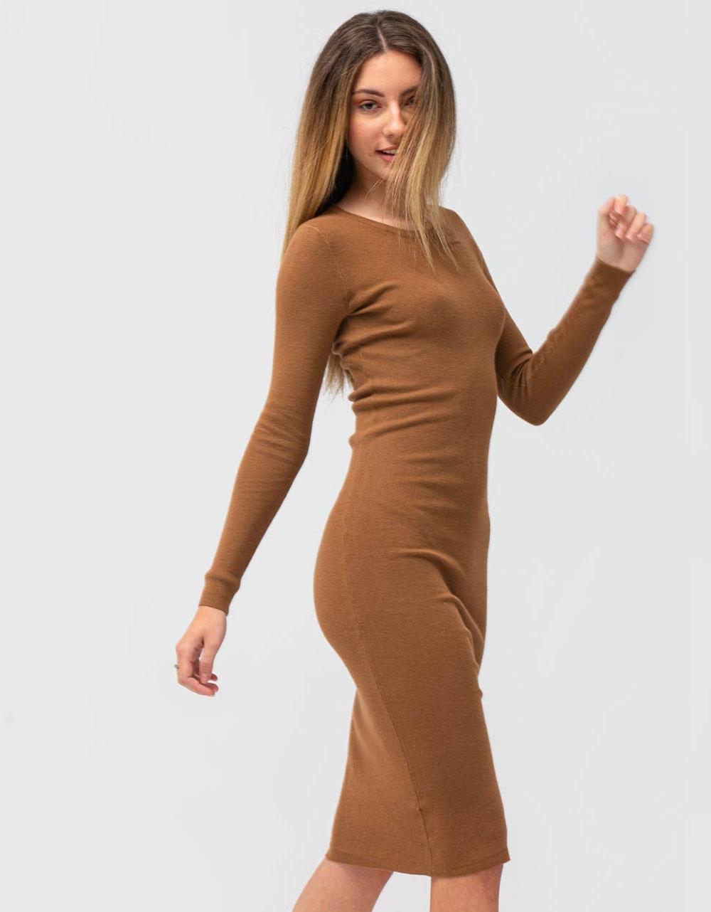 Εικόνα από Γυναικείο φόρεμα σε στενή γραμμή μίντι Καφέ