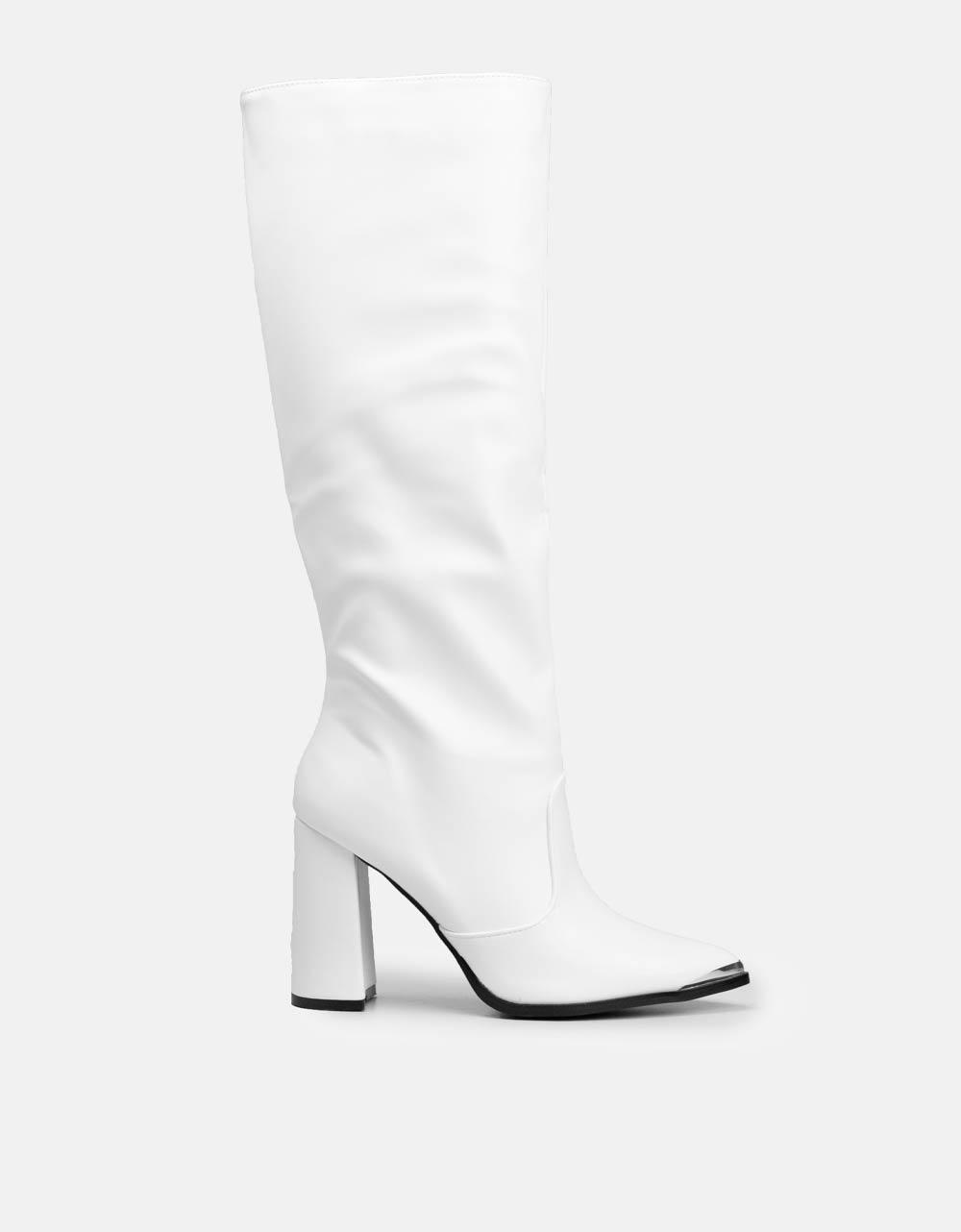 Εικόνα από Γυναικείες μπότες μονόχρωμες σε απλή γραμμή Λευκό