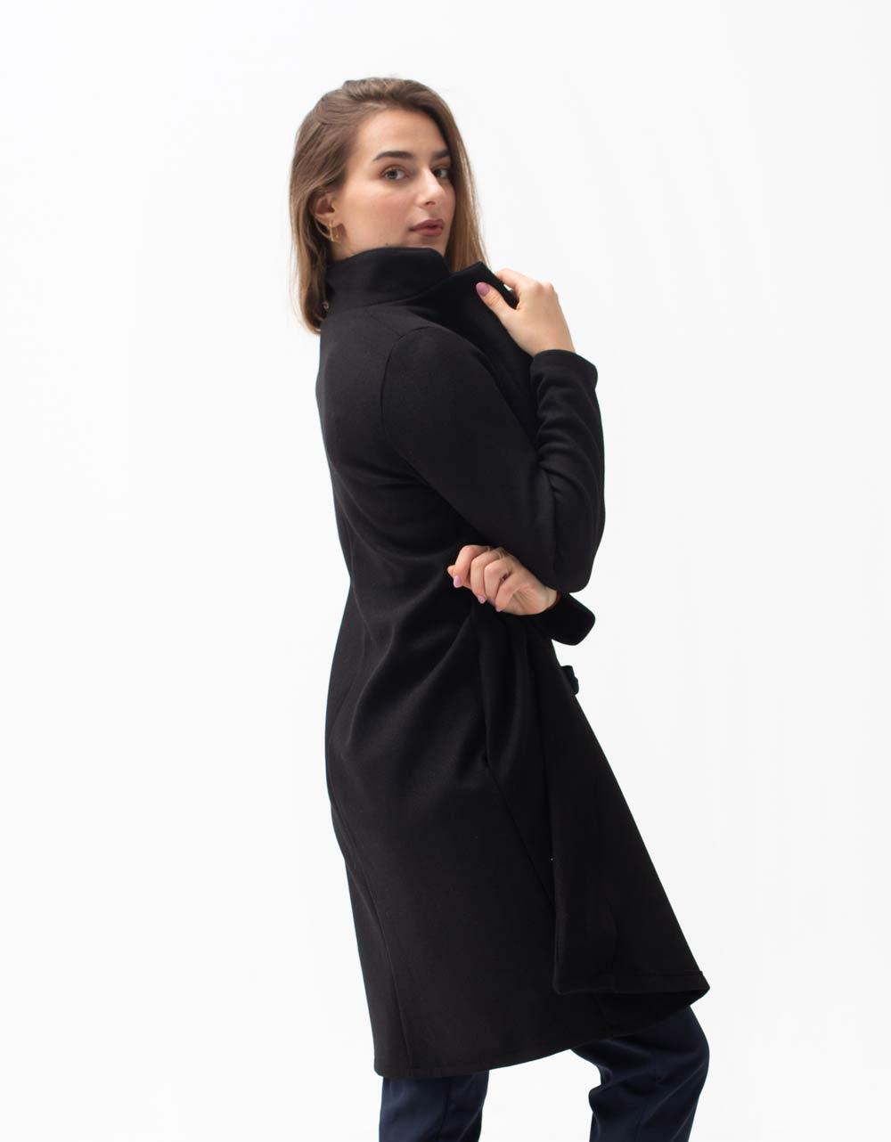 Εικόνα από Γυναικείο πανωφόρι με γιακά Μαύρο