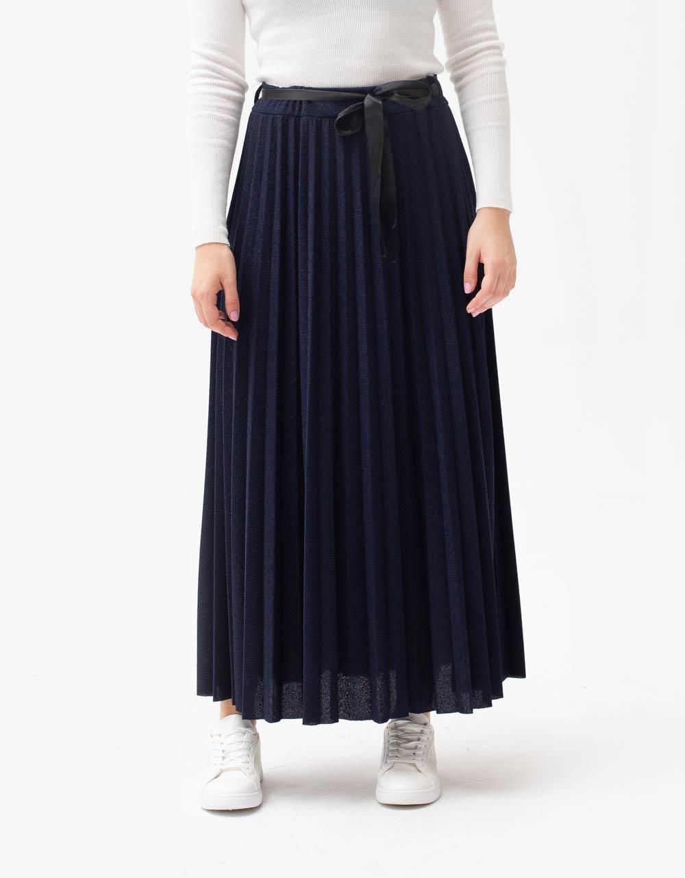 Εικόνα από Γυναικεία φούστα maxi πλισέ με glitters Μπλε