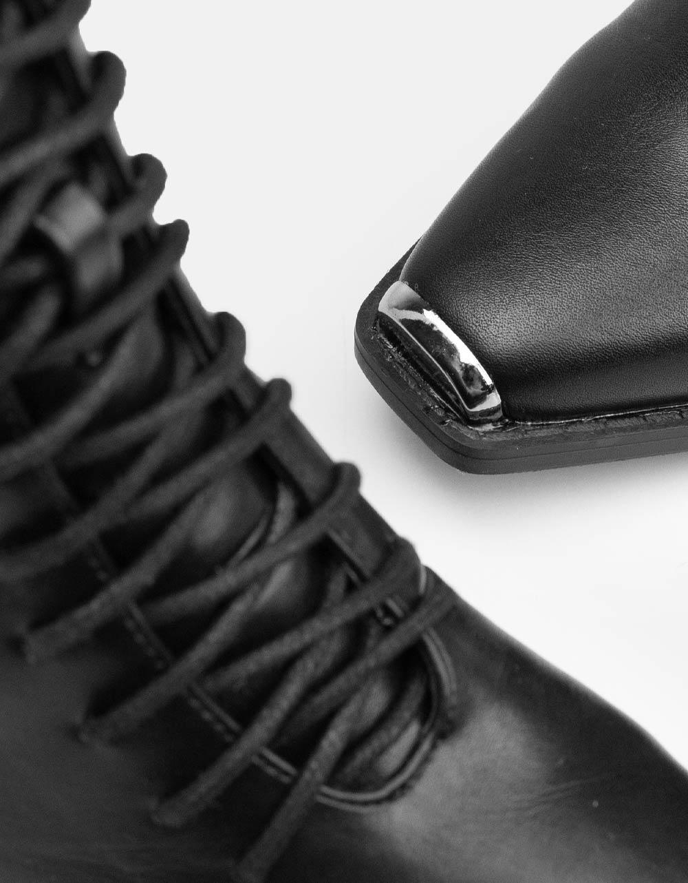Εικόνα από  Γυναικεία μποτάκια με χοντρό τακούνι και κορδόνια Μαύρο