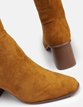 Εικόνα από Γυναικείες μπότες suede με τετράγωνο τακούνι Ταμπά